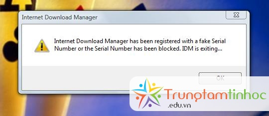 menghilangkan internet download manager has been registered with a fake serial number
